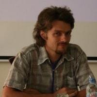 Gilles Domenech, biologiste des sols spécialisé dans les modes de culture favorables à la vie des sols